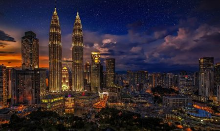 Learnbylayers expands into Malaysia with Cuberlab partnership